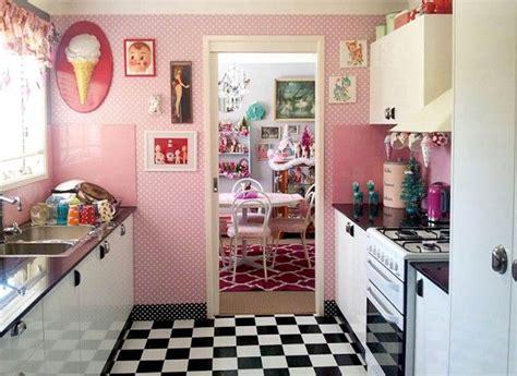 kitsch kitchen accessories vinnie boy vintage kitsch home decorating 3582
