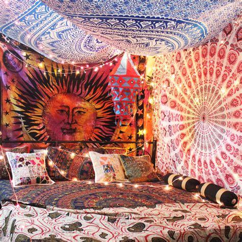 blog diy    tapestry canopy
