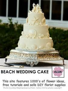 wedding bouquets purple wedding cake ideas