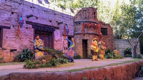 video   great bird adventure debuts  disneys