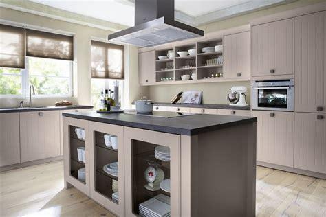 Goedkope Lange Keukens by Landelijke Keukens Handgemaakt En Standaardkeuken