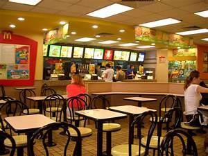 Spacey Spaces: (Interior) Spaces + Sociology: Fast-food
