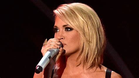 Carrie Underwood Reveals Why Her 'mom' Bob Hair Routine Is
