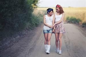 Bestfriendz | Publish with Glogster!