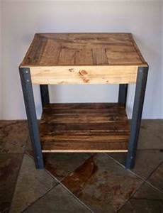 Wood side tables pallet wood and side tables on pinterest for Petites astuces table chevet palette table nuit palette