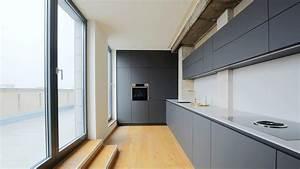 Hängeschrank Küche Grau : hochwertige k chen aus dem k chenstudio in berlin direkt vom k chenhersteller ~ Markanthonyermac.com Haus und Dekorationen