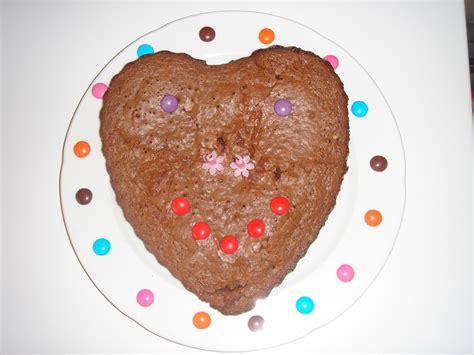 recette de cuisine pour anniversaire gâteau d 39 anniversaire au chocolat pour 8 personnes