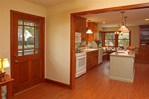 paint colors that go with oak cabinets veterinariancolleges