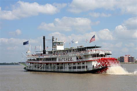 Riverboat Natchez in New Orleans | en.wikipedia.org/wiki ...