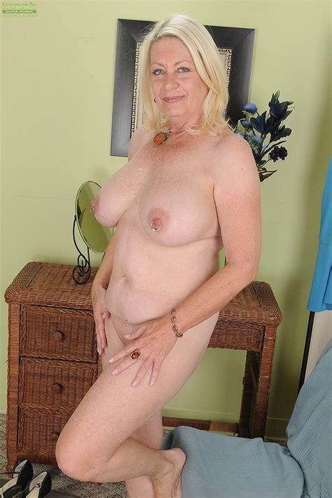 blonde milf angelique grab her titties milf fox