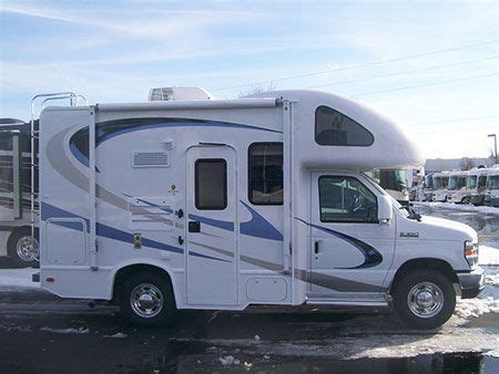 mini motorhome   Quick Look: 2010 Four Winds 19G Class C