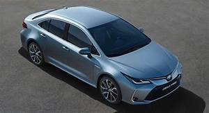 Nouvelle Toyota Corolla 2019 : europe 39 s 2019 toyota corolla sedan gains hybrid version for the first time carscoops ~ Medecine-chirurgie-esthetiques.com Avis de Voitures