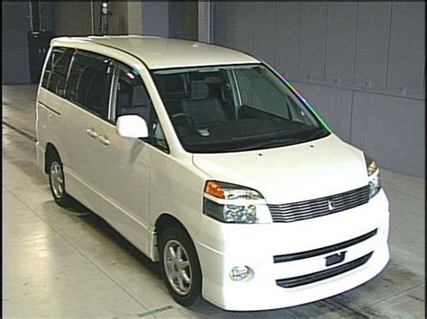 Toyota Voxy Photo by 2001 Toyota Voxy Pictures