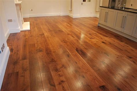 Wood Flooring Specialists Modern Living Room Decor Pictures Of Gray Painted Rooms Curtains For Decorating Ideas Red Black White Small Layout Fireplace And Tv Picture Design Leather Couches How To Arrange My