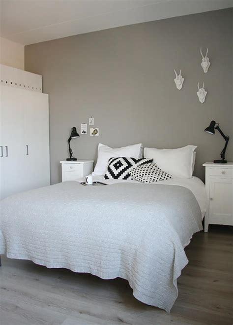chambre gris clair murs et ameublement chambre tout en gris tendance