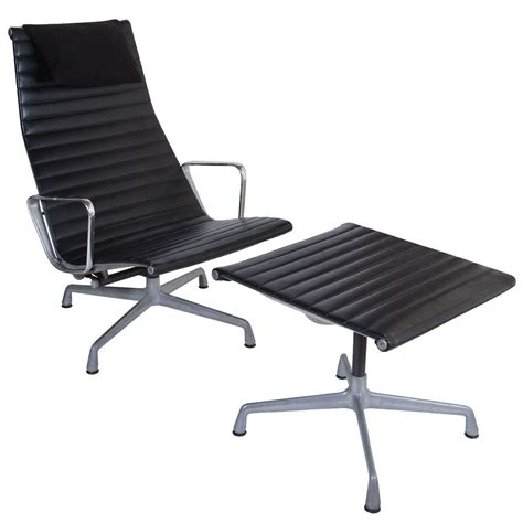 eames for herman miller aluminum lounge chair and
