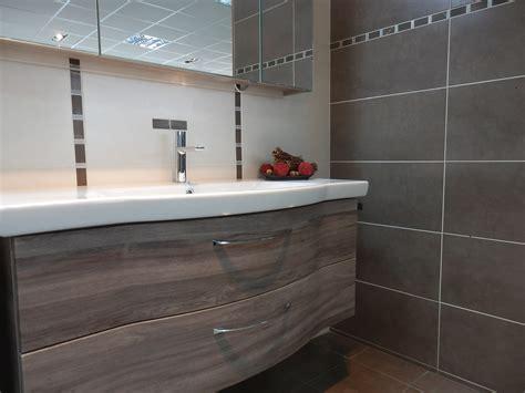 chambre avec salle de bain revger com frise salle de bain leroy merlin idée