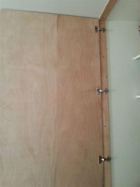 fabriquer une porte de placard r 233 alisez une porte de placard toute simple reussir ses travaux