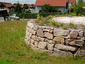 Natursteinmauern Im Garten : natursteinmauern und bel ge die gartenzwerge ~ Markanthonyermac.com Haus und Dekorationen