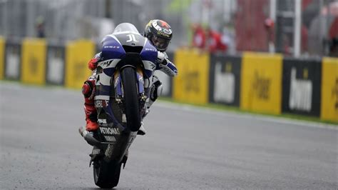 jorge lorenzo wheelie wallpaper wide screen wallpaper