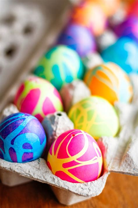color easter eggs coloring easter eggs w rubber cement food coloring