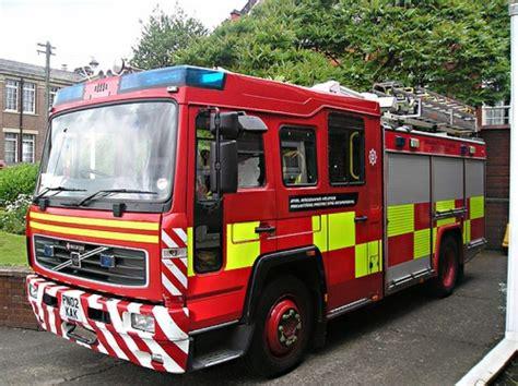 fire engines  north wales volvosaxon wrl
