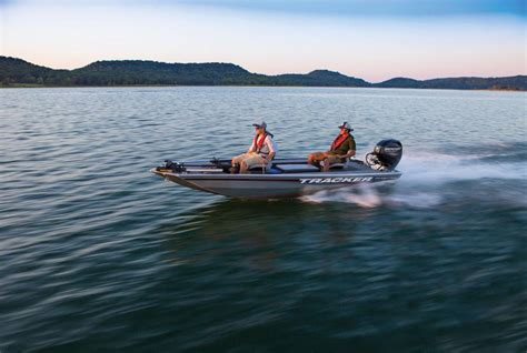 Bass Tracker Boat Specials by Tracker Boats Bass Panfish Boats 2017 Panfish 16