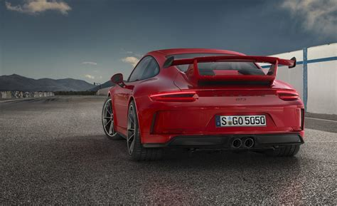 2018 Porsche 911 Gt3 Unveiled With 500hp 40l