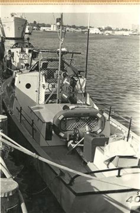 Mariposa Dory Boat by Uscg 44 Quot Lifeboat Model Boat Kit By Dumas Model Boat