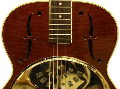 les guitares dobros chapel
