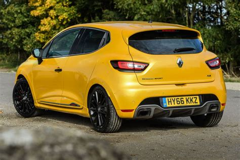 renault clio sport renaultsport clio 220 trophy review prices specs and 0