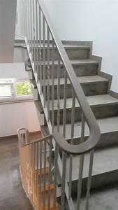 Balkonbeläge Aus Kunststoff : handl ufe aus kunststoff ~ Michelbontemps.com Haus und Dekorationen