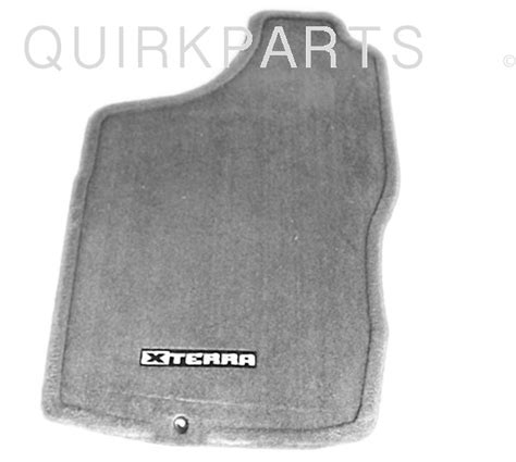 2004 Nissan Xterra Floor Mats by 2000 2004 Nissan Xterra Gray Carpeted Floor Mat Front
