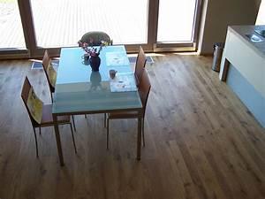 Dřevěná podlaha masiv