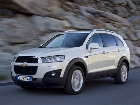 Review Chevrolet Captiva by 2012 Chevrolet Captiva Review Prices Specs