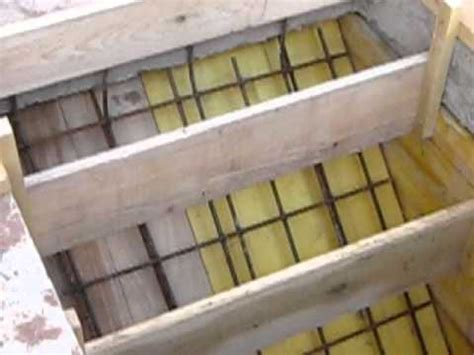 construction des escaliers en beton arme mise en place des coffrages pour la r 233 alisation d un escalier b 233 ton