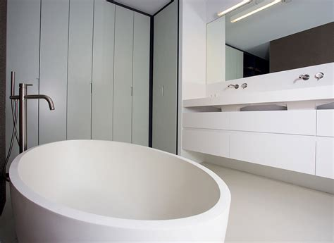 White Bath by Cocoon Zen Free Standing Bathtub Bycocoon