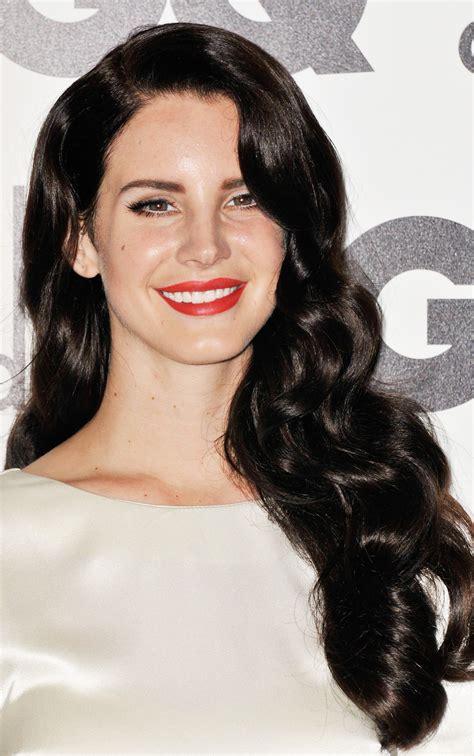 Lana Del Rey Darkens Her Hair Flare