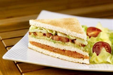 cours de cuisine à toulouse recette de sandwich saumon fumé tomate avocat