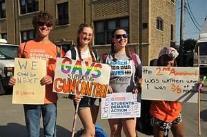 1755 - Parkland students launch voter-registration tour ...