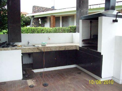 foto asador  barra terraza de construcciones