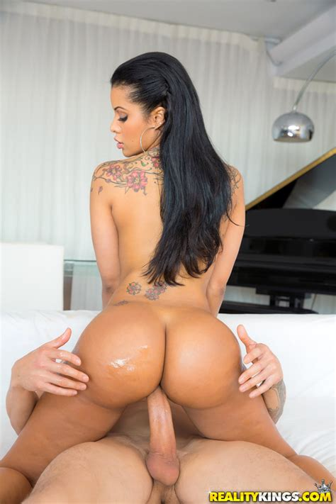 Exotic Mary The Official Free Porn Video And Pictures By