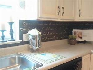 30 unique and inexpensive diy kitchen backsplash ideas you for Cheap diy kitchen backsplash ideas