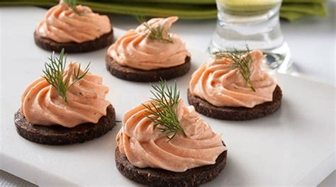 canape concertible smoked salmon mousse canapes