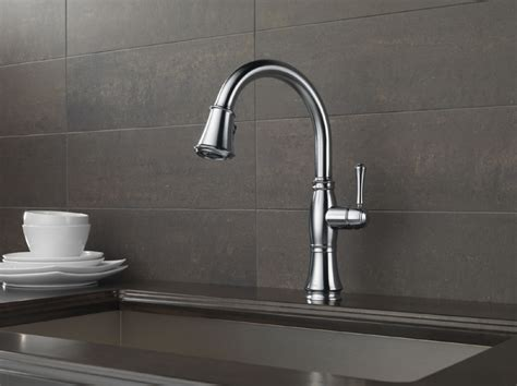 delta  ar dst cassidy single handle pull  kitchen faucet arctic stainless