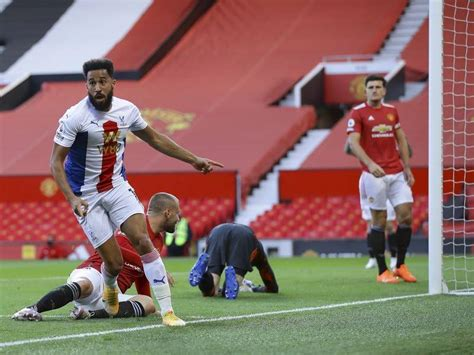 Man United slump to loss on league return | The Courier ...