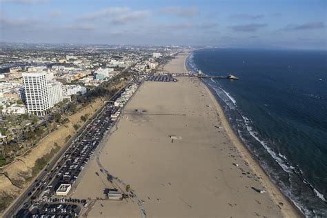 From wikimedia commons, the free media repository. Santa Monica Closes Beach Parking Lots - SM Mirror
