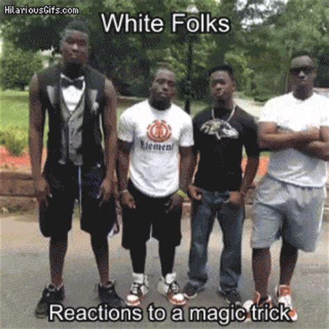 Reactions To Magic Trick Hilariousgifscom