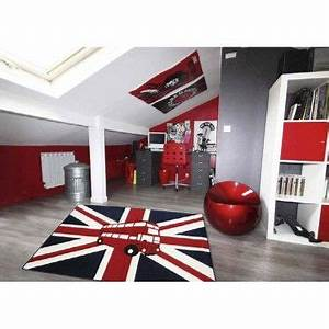 un tapis londonien pour une chambre d39ado originale et With tapis persan avec canapé lit pour une personne