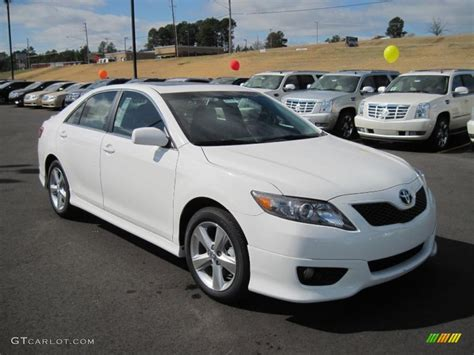Toyota Camry 2011 by White 2011 Toyota Camry Se Exterior Photo 46139095